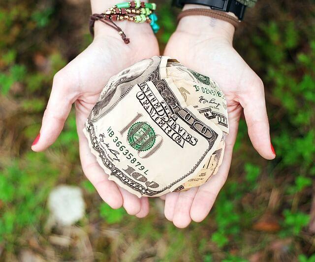 不動産を現金化して相続する換価分割とは?